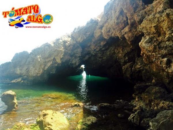La pequeña cueva